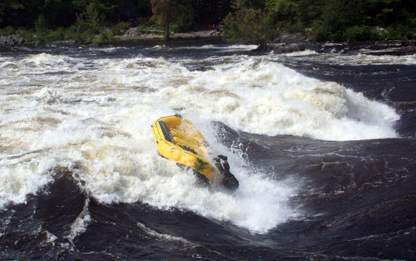 A raft losing its last remaining occupant, Buseater, Lorne rapid
